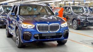 BMW X5's on the assembly line